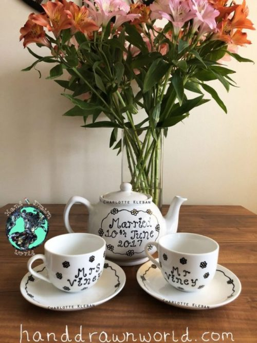 Hand Drawn Daisy Chain design teapot gift set from Charlotte Kleban & Hand Drawn World. Lovely idea for a gift for a lovely couple